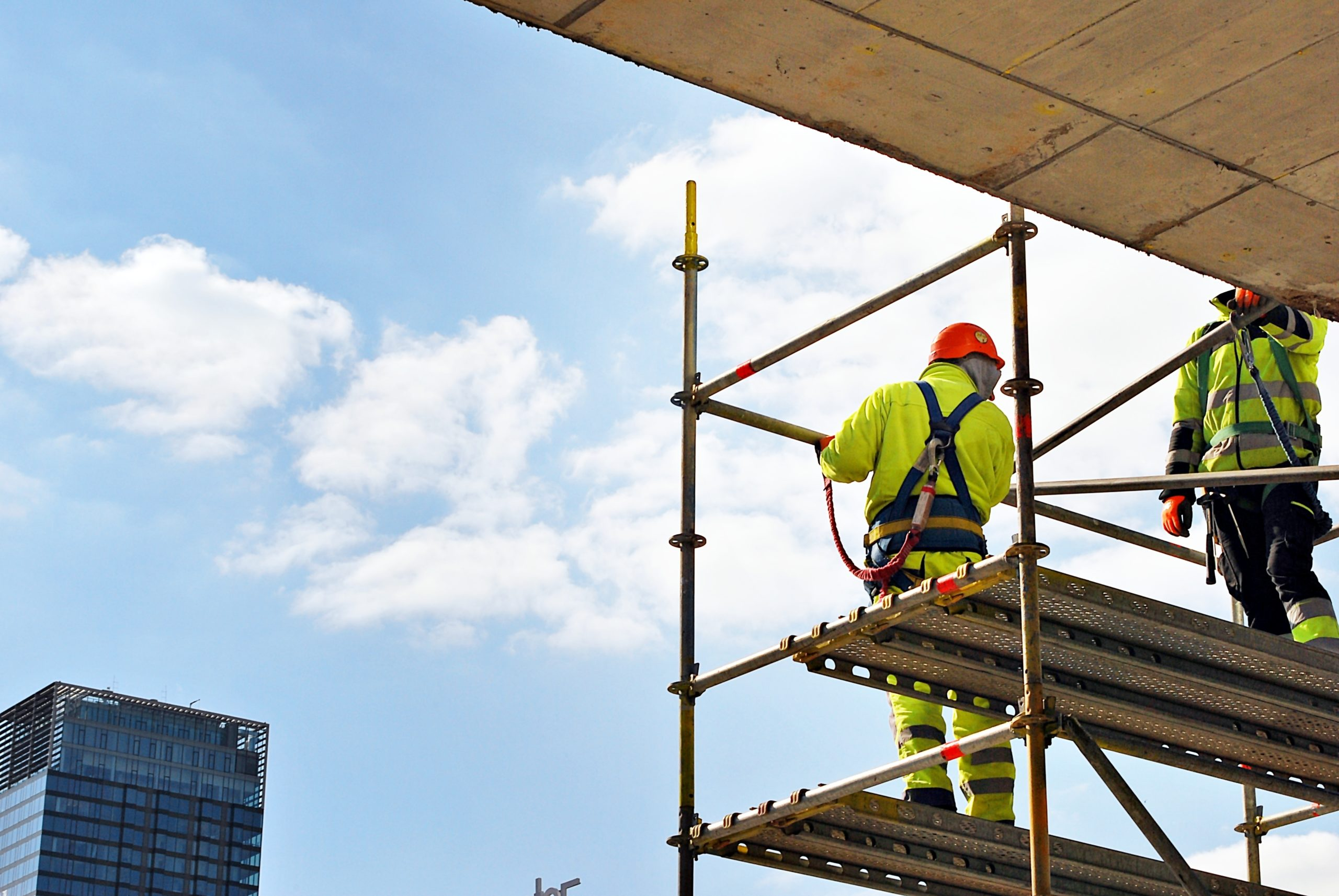 Falls from Scaffolding in Construction: Protections and More